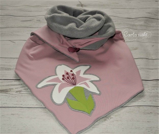 Applikation Blume applique flower Herzensbunt Snuggle Dreiecktuch